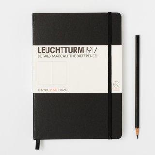 Notizbuch Medium (145 x 210 mm), 249 numerierte Seiten, blanko, Hardcover