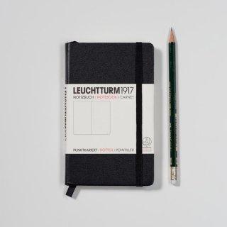 Notizbuch Medium (90 x 150 mm), 185 numerierte Seiten, kariert, Hardcover
